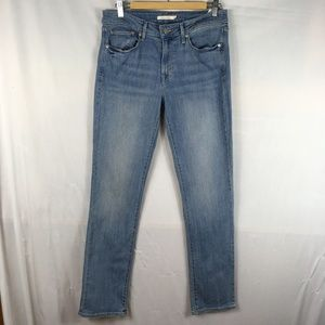 Levis skinny jeans light wash mid rise 30 x 32